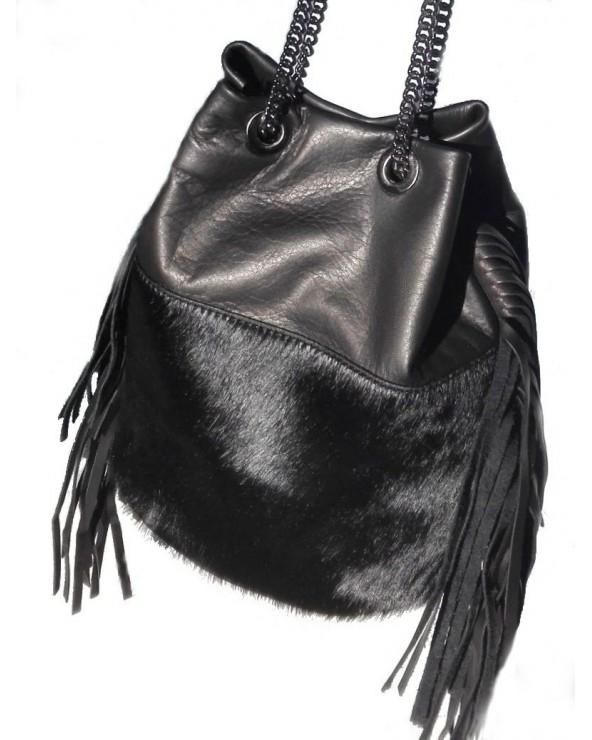 Włoska torebka z futerkiem i frędzlami czarna