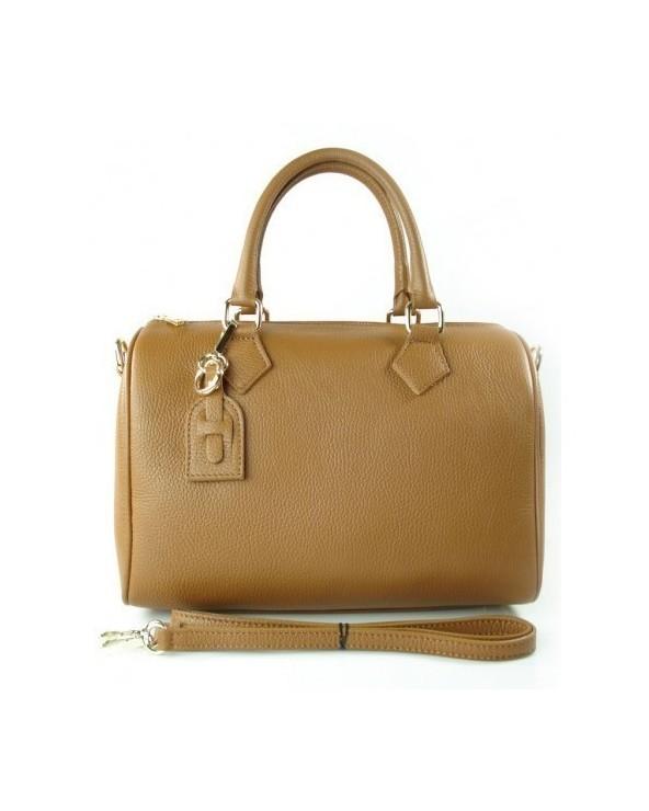 Skórzany kuferek włoska torebka z przywieszką camel