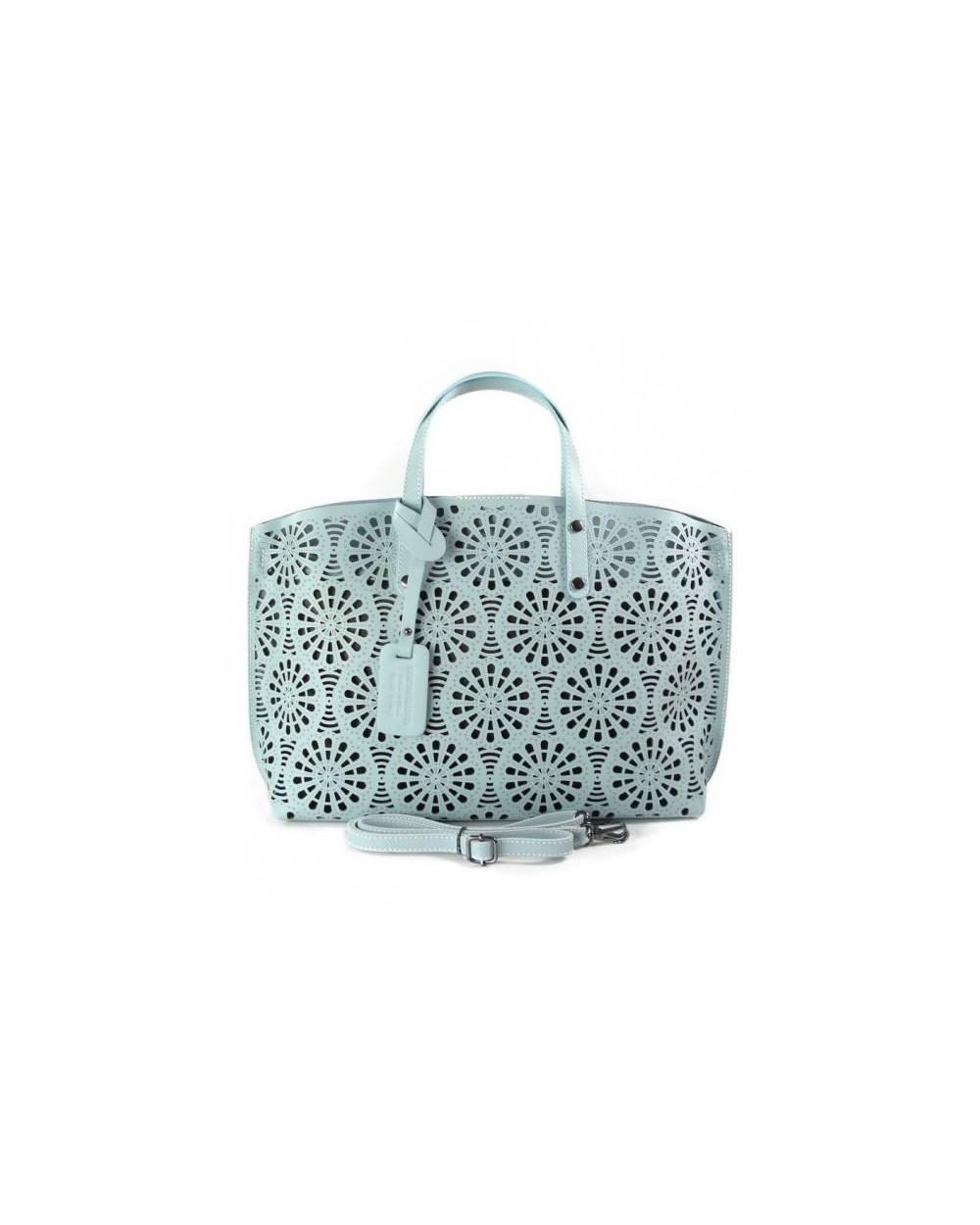 037c9ffa9865d Włoska torebka vera pelle z ażurowej skóry błękitna - Sklep ...