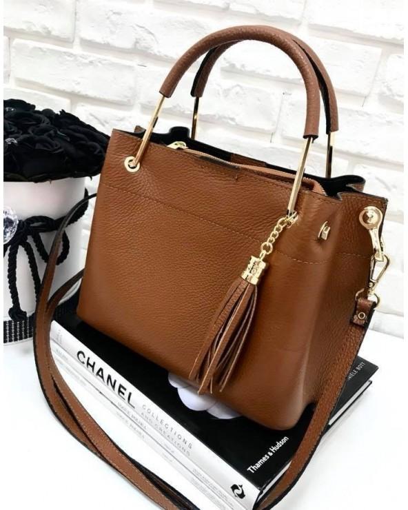 Włoska torebka kuferek z frędzelkiem a'la LV camel