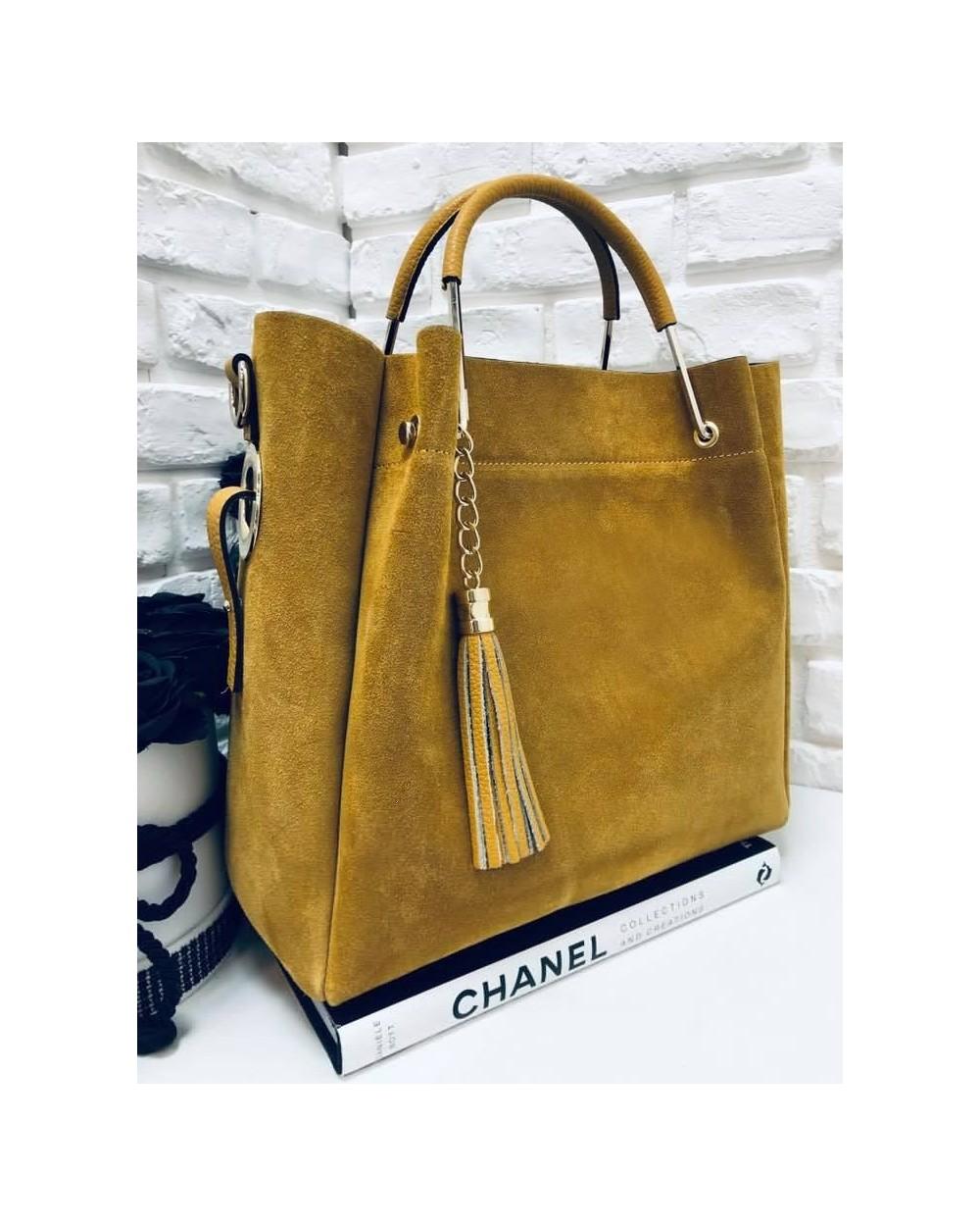 8e19c01ee9f85 Włoska torebka zamszowa duży kuferek z frędzelkiem a'la LV miodowy ...