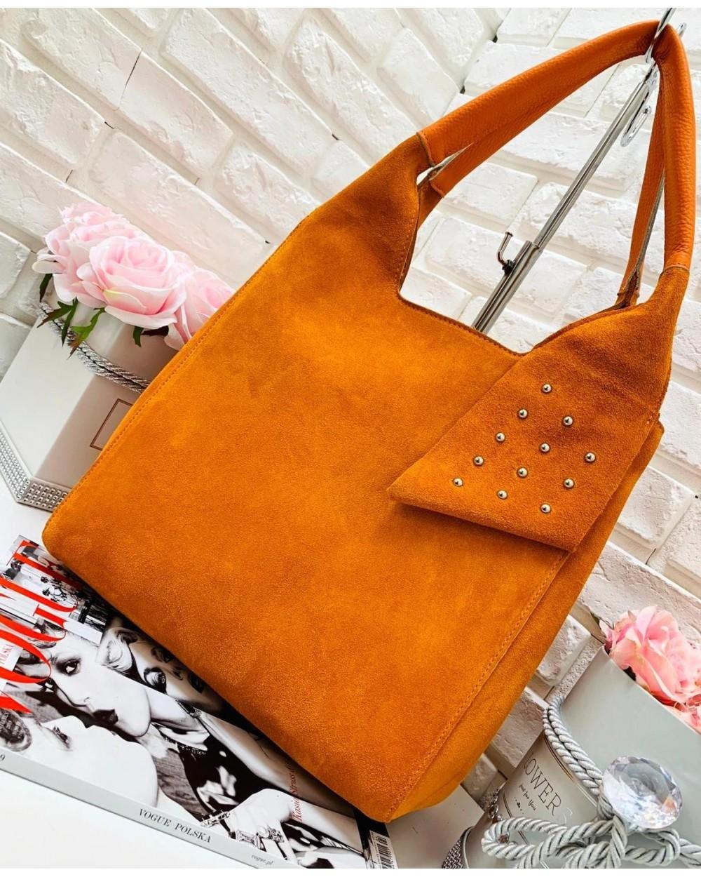 9064970a8eb21 Włoska torebka zamszowa vera pelle pomarańczowa - Sklep internetowy ...