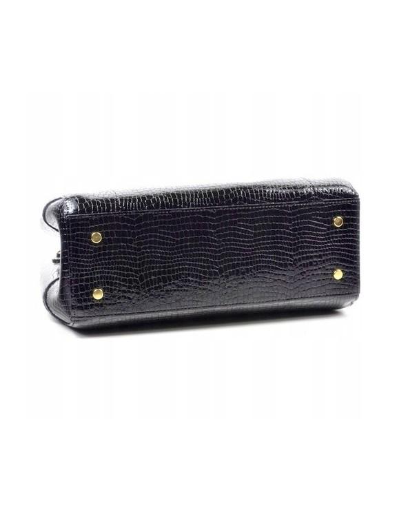 Skórzana torebka Laura Biaggi kuferek skóra krokodyla czarna spód