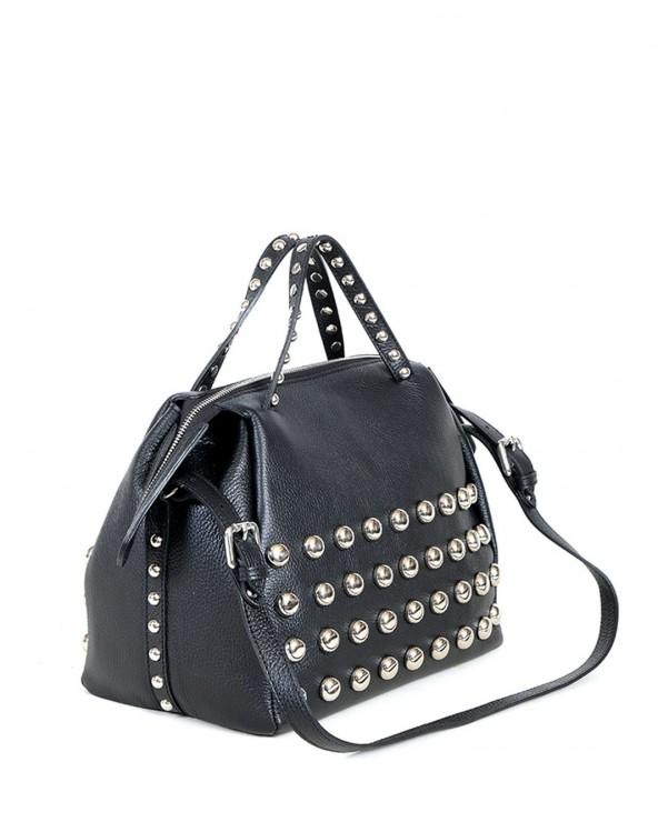 Kuferek torebka z ćwiekami torebka vera pelle czarna