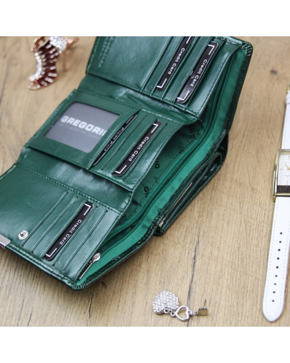 Damski portfel skótzany croco Gregorio zielony środek