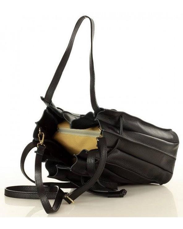 wnętrze Laura Biaggi plisowana torebka worek skórzany czarny